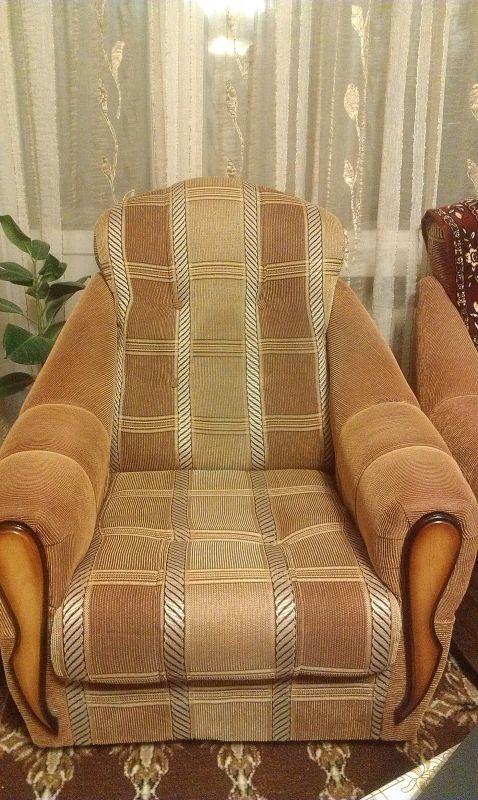 продается мягкие кресла б/у в хорошем состоянии