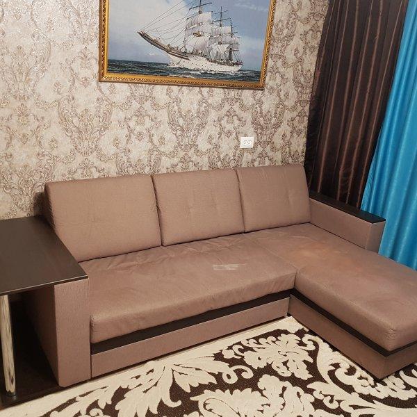 Продам Угловой диван-кровать недорого